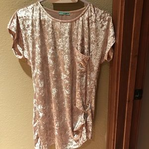 Tops - Velvet rose top